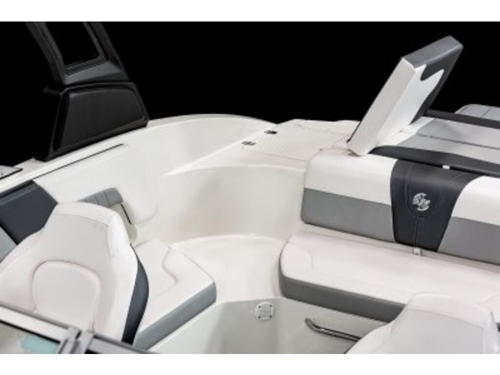 2021 Chaparral boat for sale, model of the boat is 23 Surf  & Image # 11 of 15