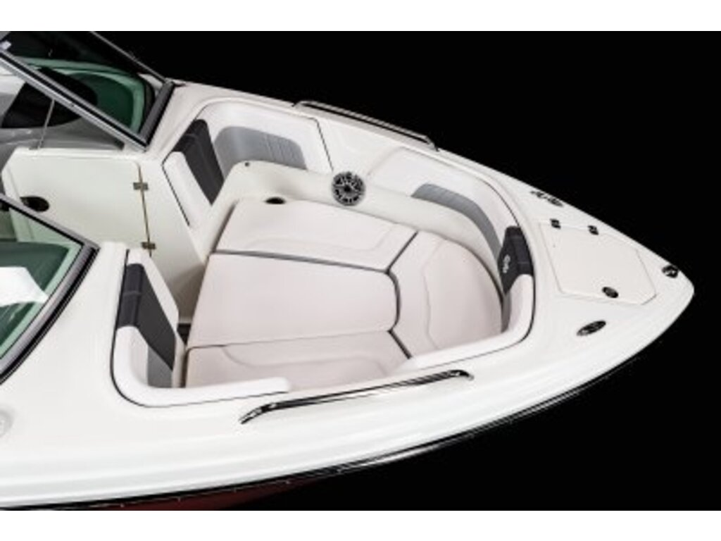 2021 Chaparral boat for sale, model of the boat is 23 Surf  & Image # 5 of 15