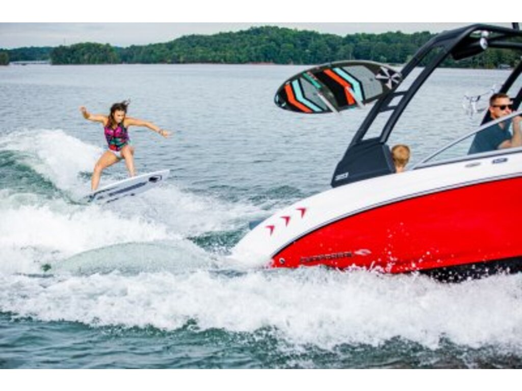 2021 Chaparral boat for sale, model of the boat is 23 Surf  & Image # 2 of 15