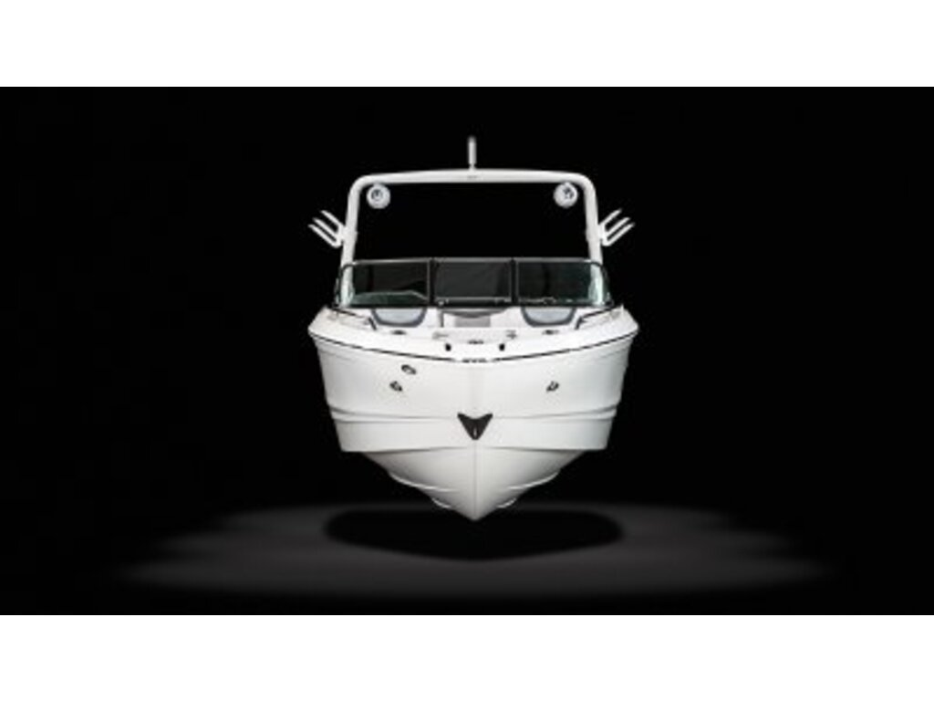 2021 Chaparral boat for sale, model of the boat is 26 Surf & Image # 3 of 8