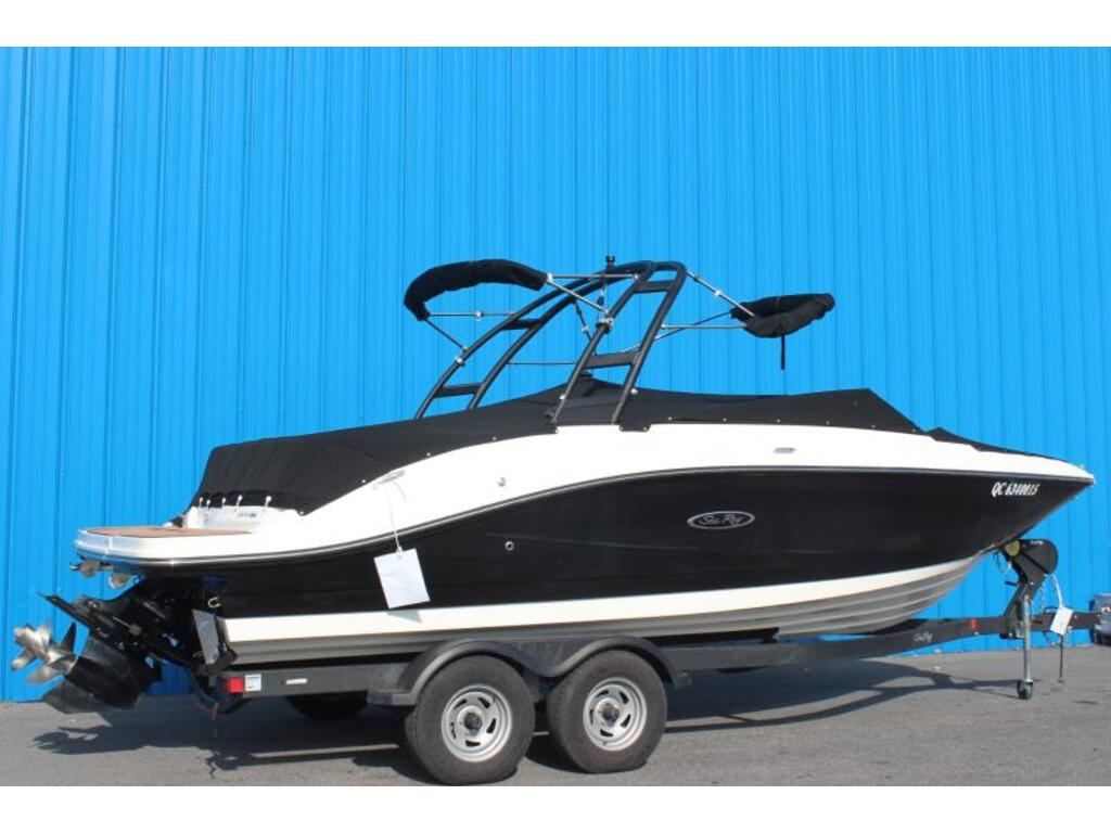 2018 Sea Ray boat for sale, model of the boat is Spx 230 & Image # 2 of 8