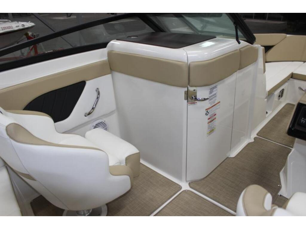 2018 Sea Ray boat for sale, model of the boat is Spx 230 & Image # 5 of 8