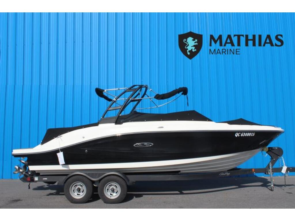 2018 Sea Ray boat for sale, model of the boat is Spx 230 & Image # 1 of 8