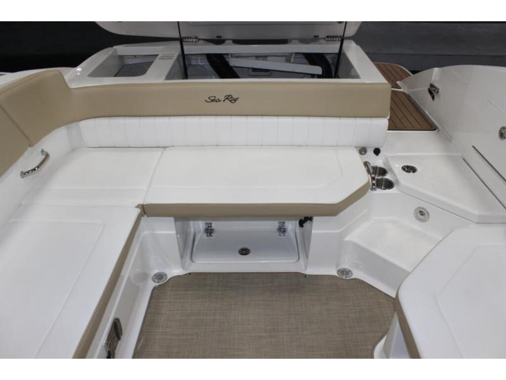 2018 Sea Ray boat for sale, model of the boat is Spx 230 & Image # 7 of 8