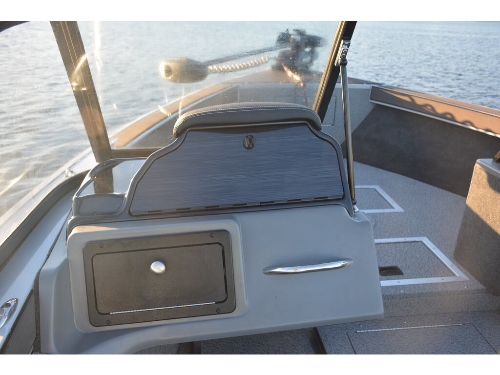 2021 Starcraft boat for sale, model of the boat is Fishmaster 210 & Image # 5 of 9