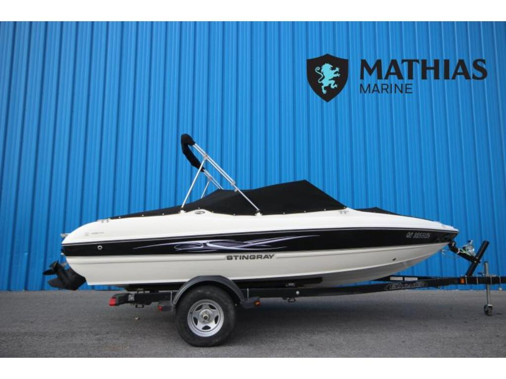 2013 Stingray boat for sale, model of the boat is 180 & Image # 1 of 5