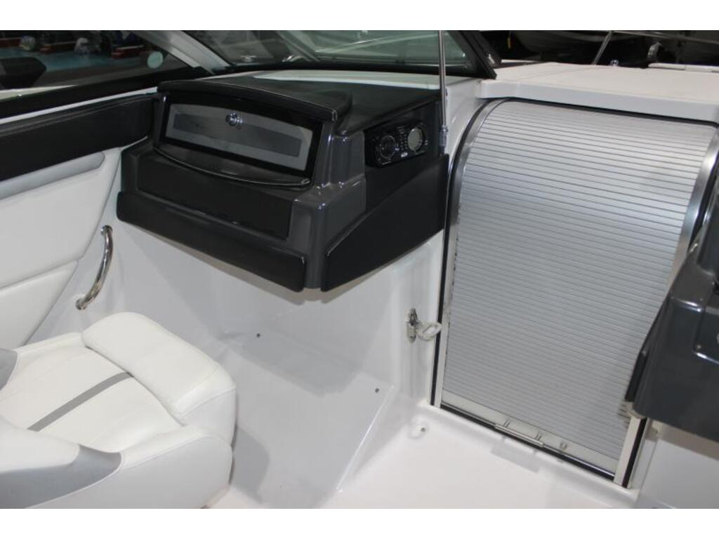 2013 Four Winns boat for sale, model of the boat is 235 & Image # 4 of 7