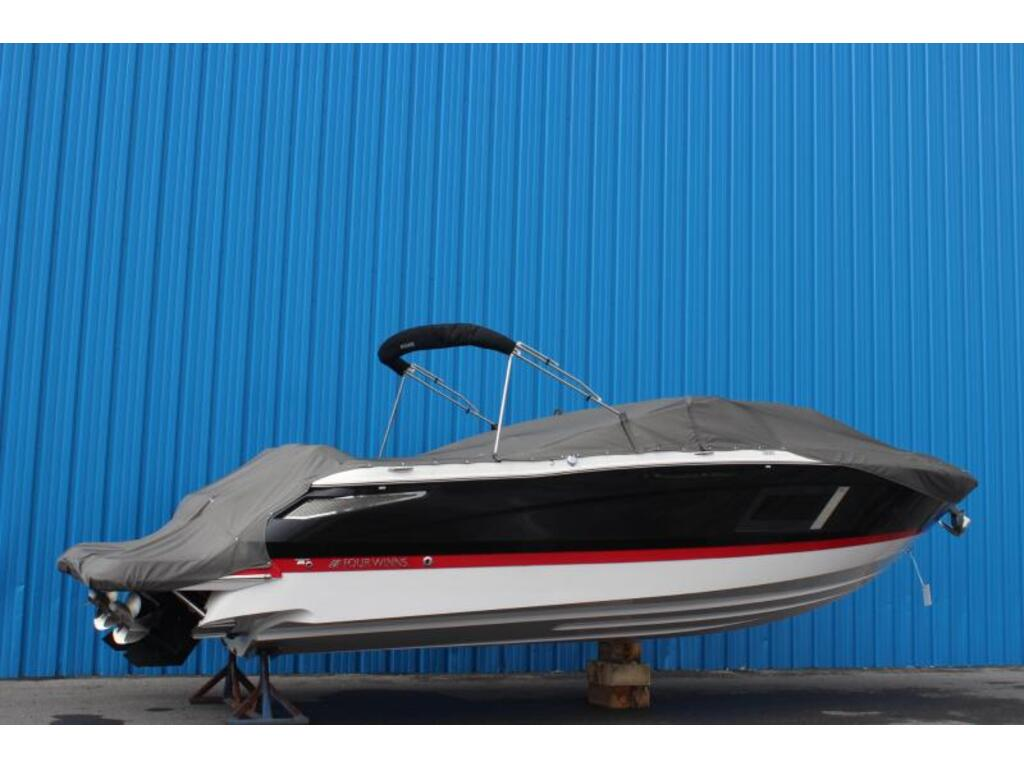 2016 Four Winns boat for sale, model of the boat is Horizon 290 & Image # 2 of 9