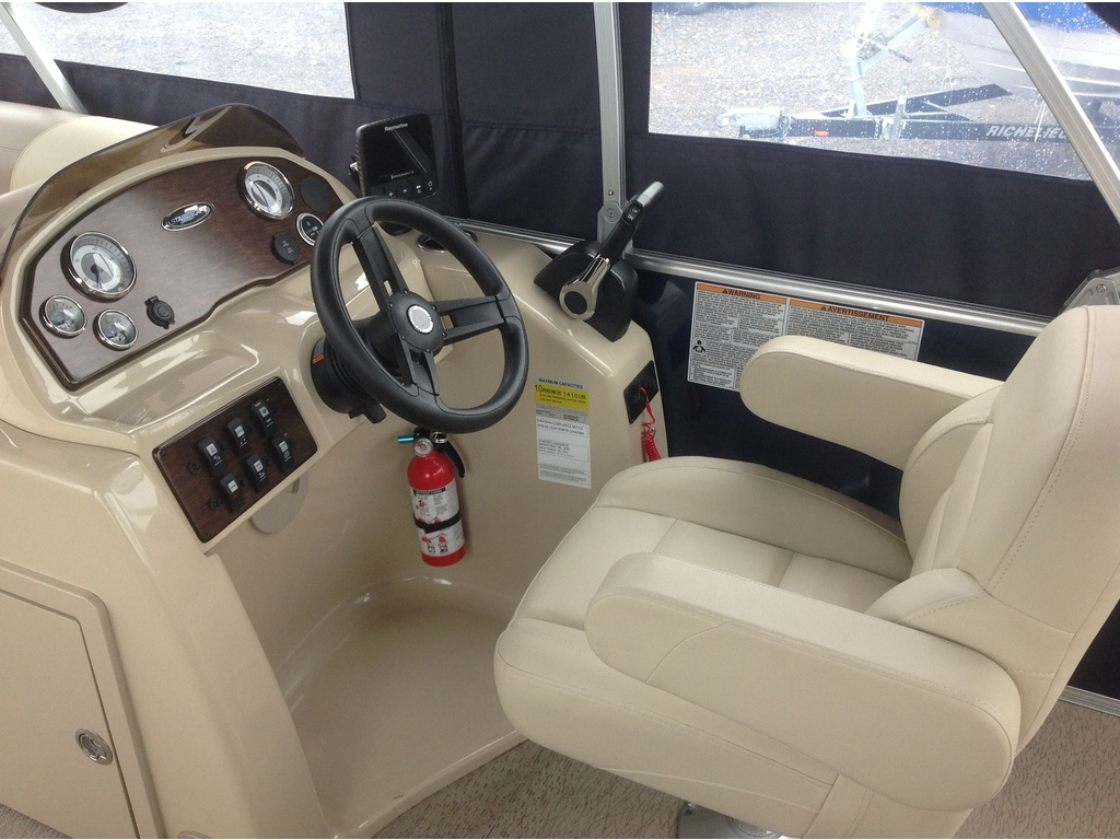 2018 Starcraft boat for sale, model of the boat is Ponton Ex 20c & Image # 4 of 18