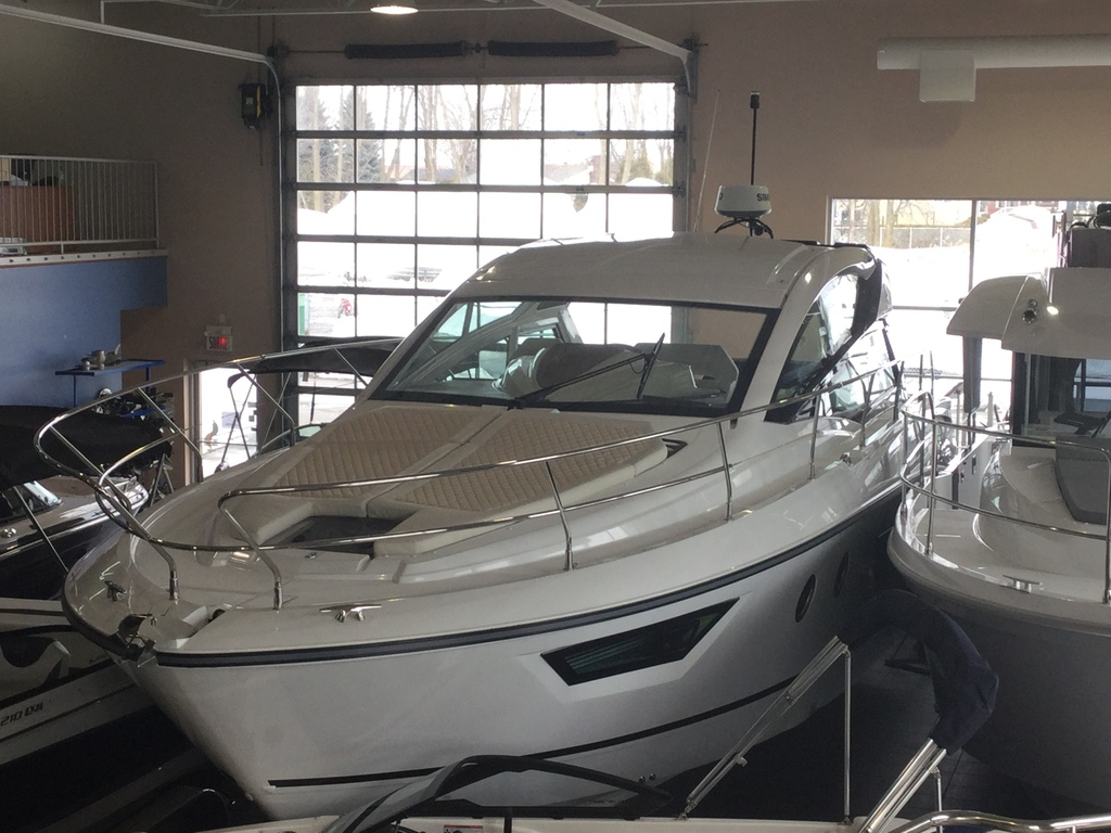 2017 Beneteau boat for sale, model of the boat is Gt40 & Image # 2 of 23