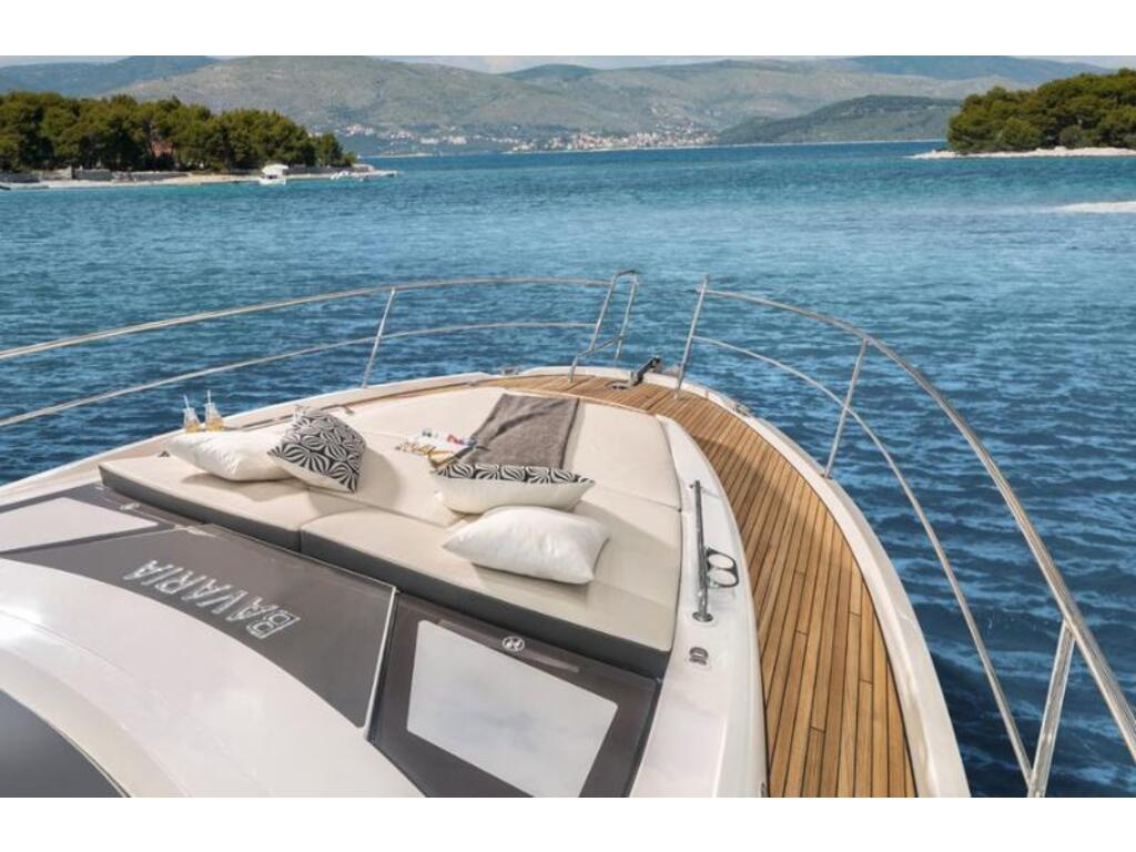 2021 Bavaria boat for sale, model of the boat is Sr41 Ht Volvo D6-380 Evc2 & Image # 4 of 4