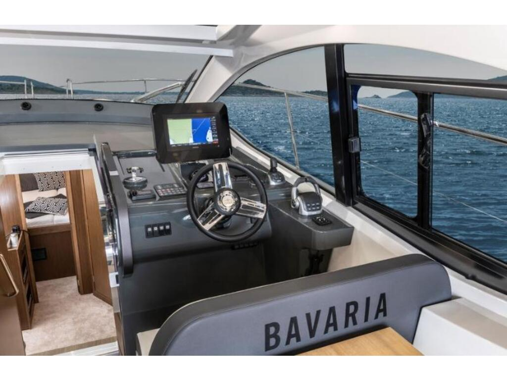 2021 Bavaria boat for sale, model of the boat is Sr41 Ht Volvo D6-380 Evc2 & Image # 2 of 4