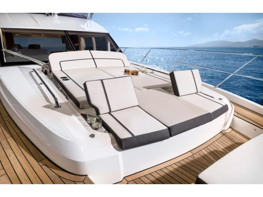 2021 Bavaria boat for sale, model of the boat is R55 Fly D8 Ips 800 Volvo & Image # 11 of 11