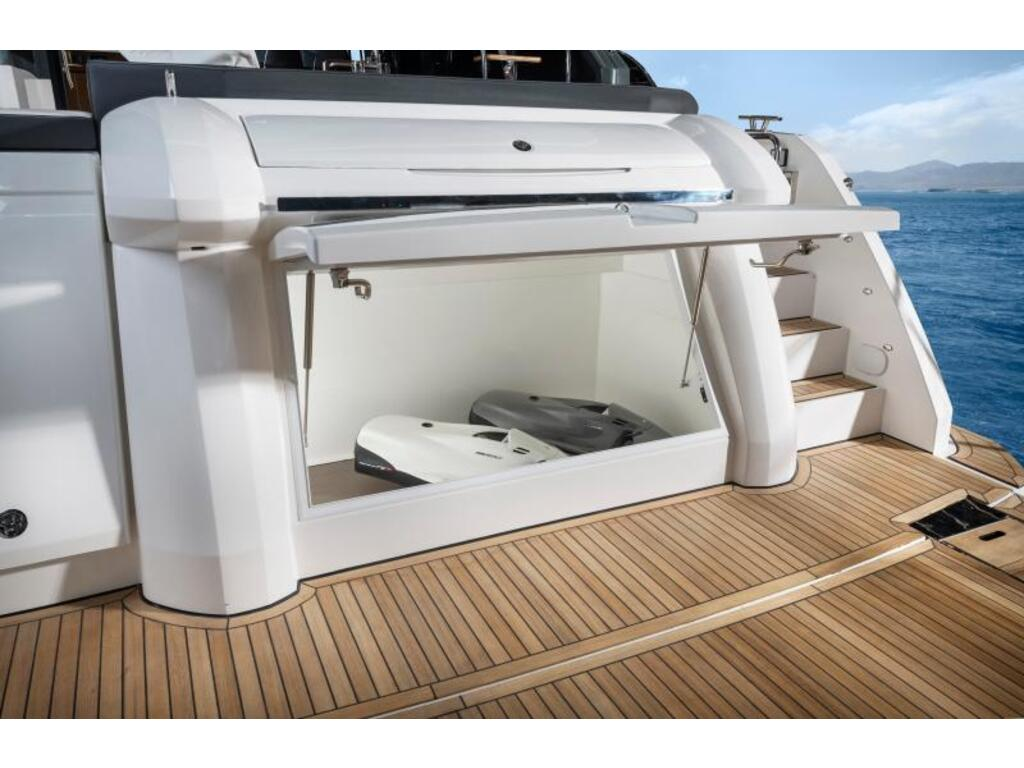 2021 Bavaria boat for sale, model of the boat is R55 Fly D8 Ips 800 Volvo & Image # 3 of 11