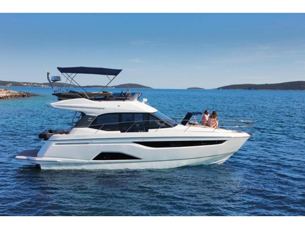 2021 Bavaria boat for sale, model of the boat is R40 Fly D6 370 Evc Volvo & Image # 2 of 5