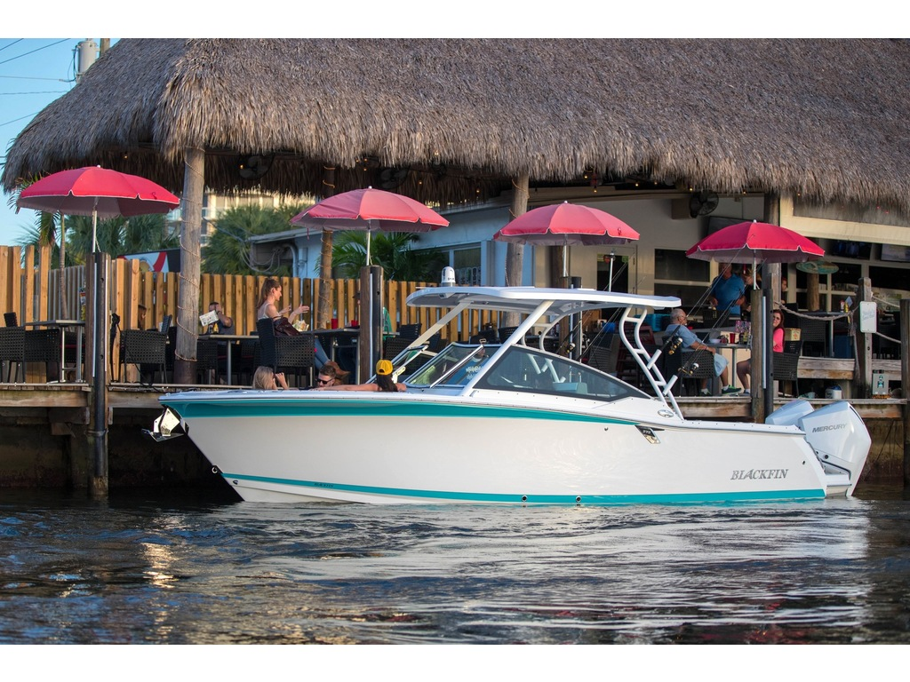 2021 Blackfin boat for sale, model of the boat is 272 Dc  & Image # 2 of 4