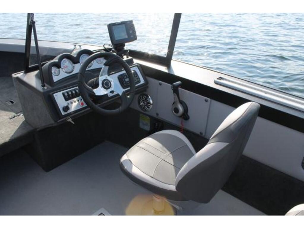 2021 Starcraft boat for sale, model of the boat is Superfisherman & Image # 4 of 12