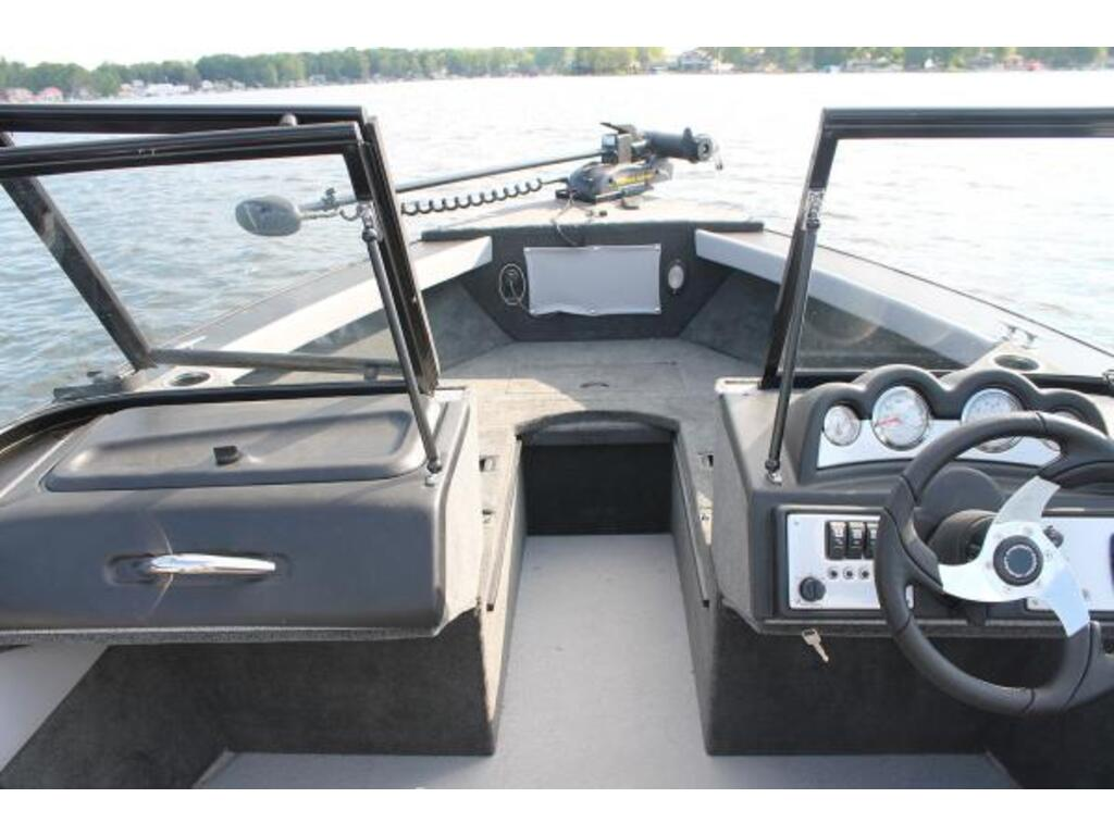 2021 Starcraft boat for sale, model of the boat is Superfisherman & Image # 3 of 12