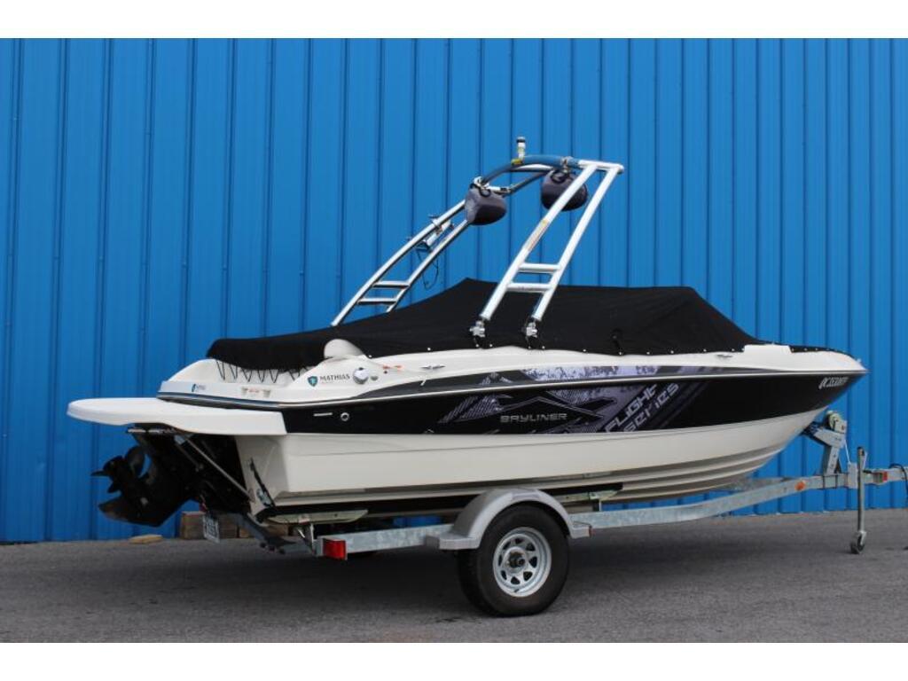 2012 Bayliner boat for sale, model of the boat is 185 Flight Serie & Image # 2 of 6