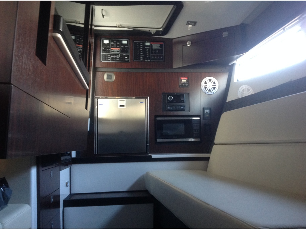 2020 Monterey boat for sale, model of the boat is 385 Ss & Image # 12 of 24