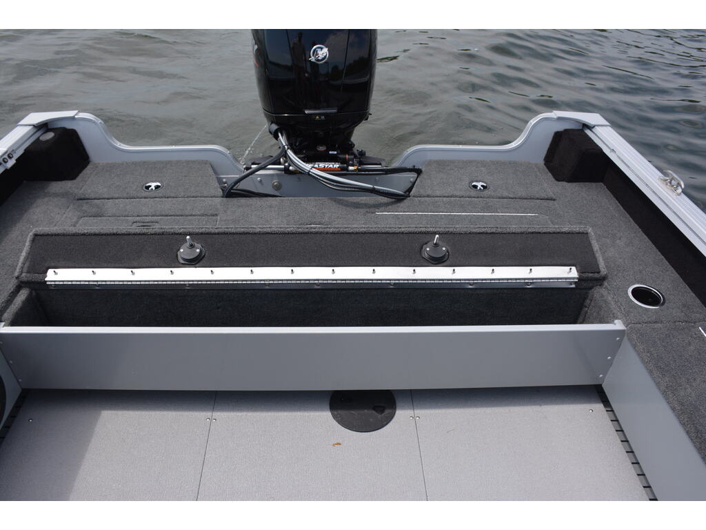 2021 Starcraft boat for sale, model of the boat is Delta Pro Dc & Image # 9 of 11