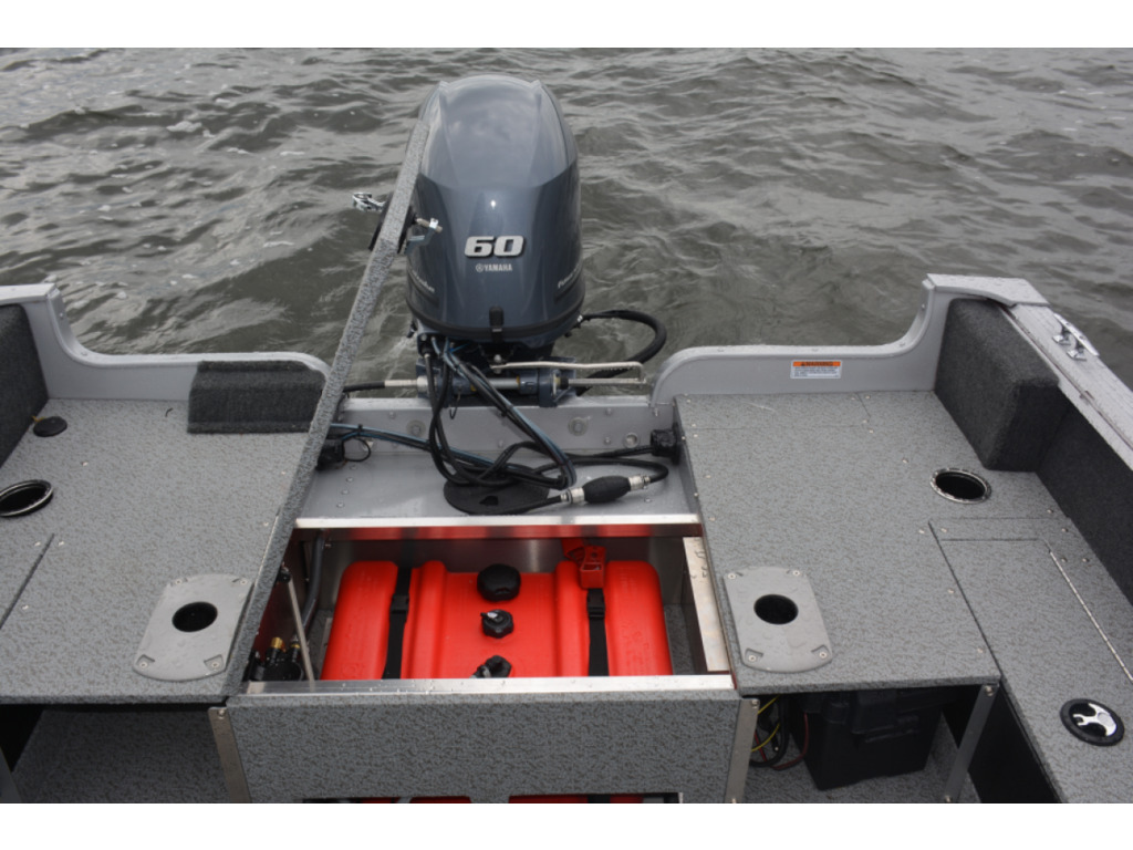 2021 Starcraft boat for sale, model of the boat is Stealth-furtif166 Dc & Image # 5 of 6