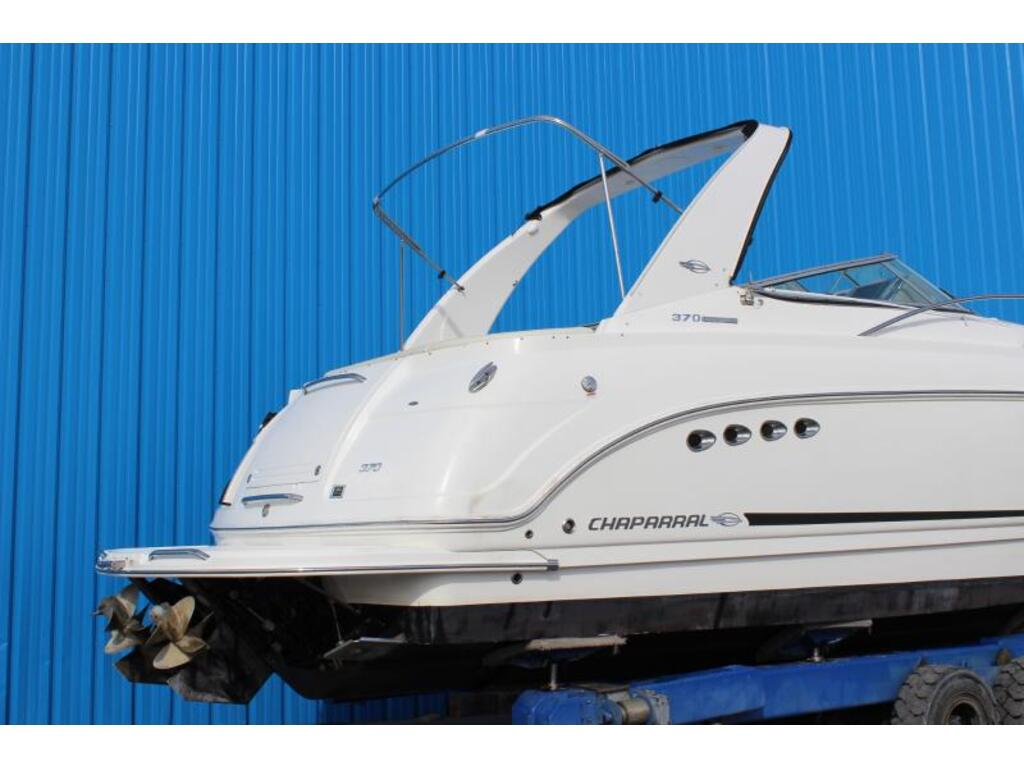 2012 Chaparral boat for sale, model of the boat is 370 & Image # 2 of 5