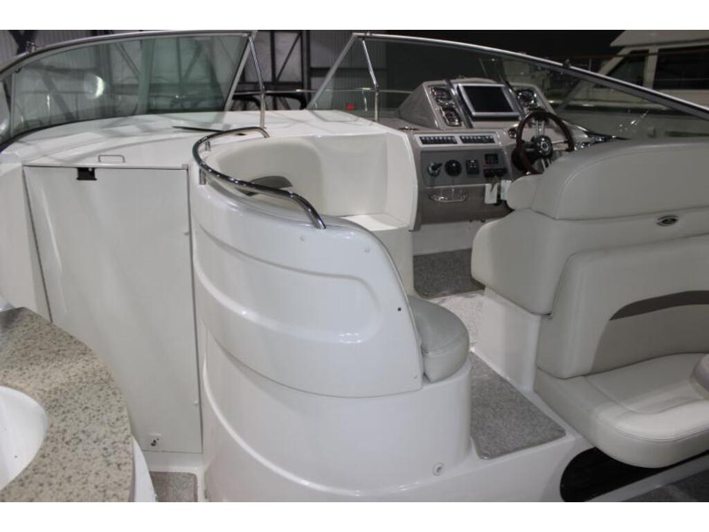 2012 Chaparral boat for sale, model of the boat is 370 & Image # 4 of 5
