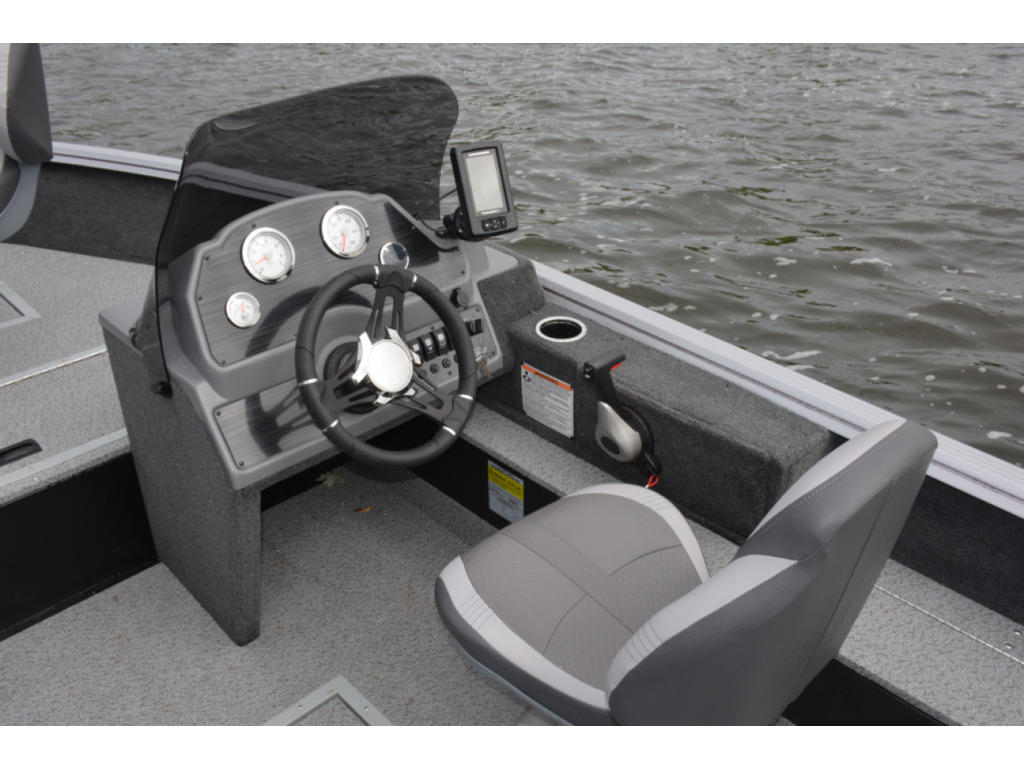 2021 Starcraft boat for sale, model of the boat is Stealth/furtif 166 Dc  & Image # 6 of 6