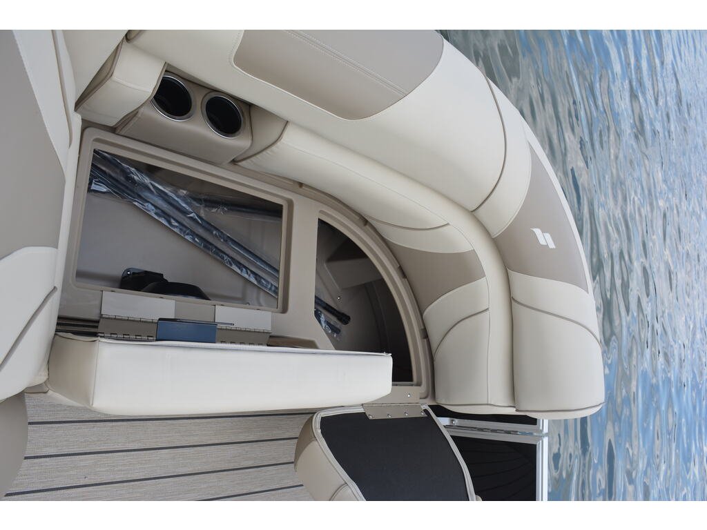 2021 Starcraft boat for sale, model of the boat is Ponton Ex 22 Q & Image # 4 of 9
