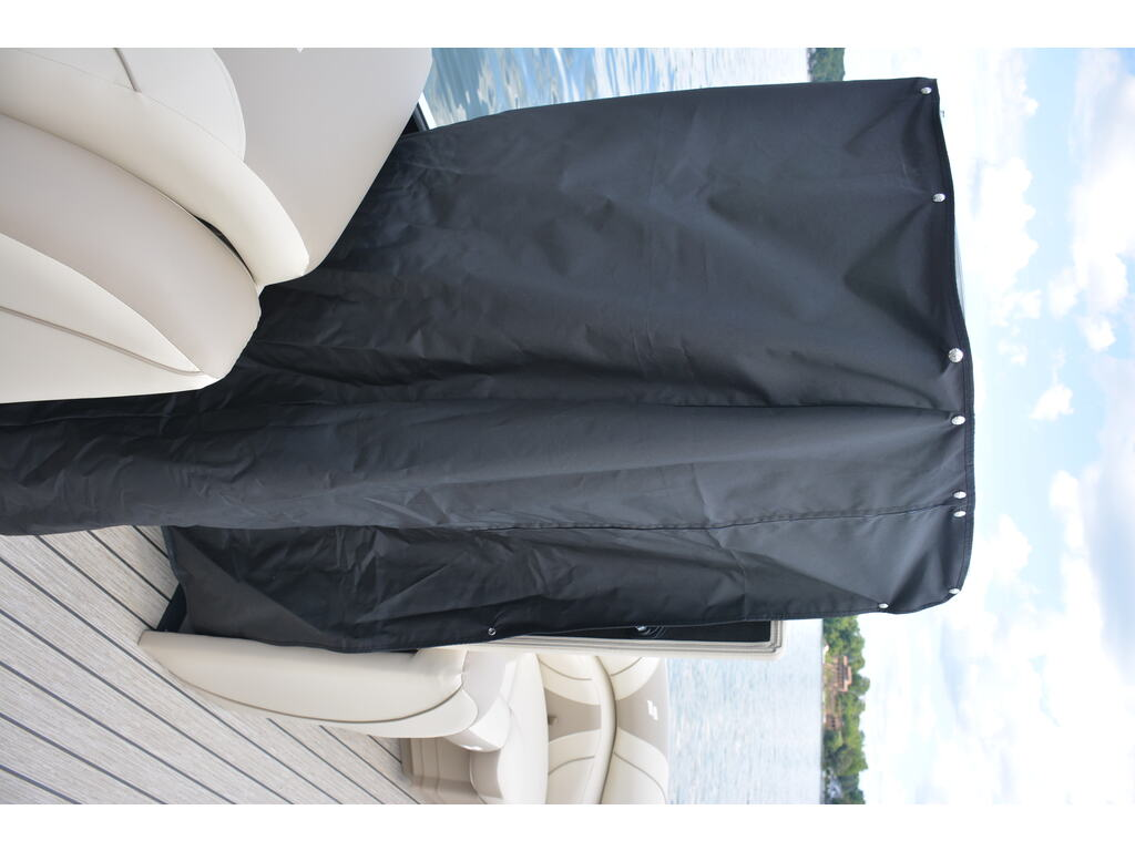 2021 Starcraft boat for sale, model of the boat is Ponton Ex 22 Q & Image # 6 of 9