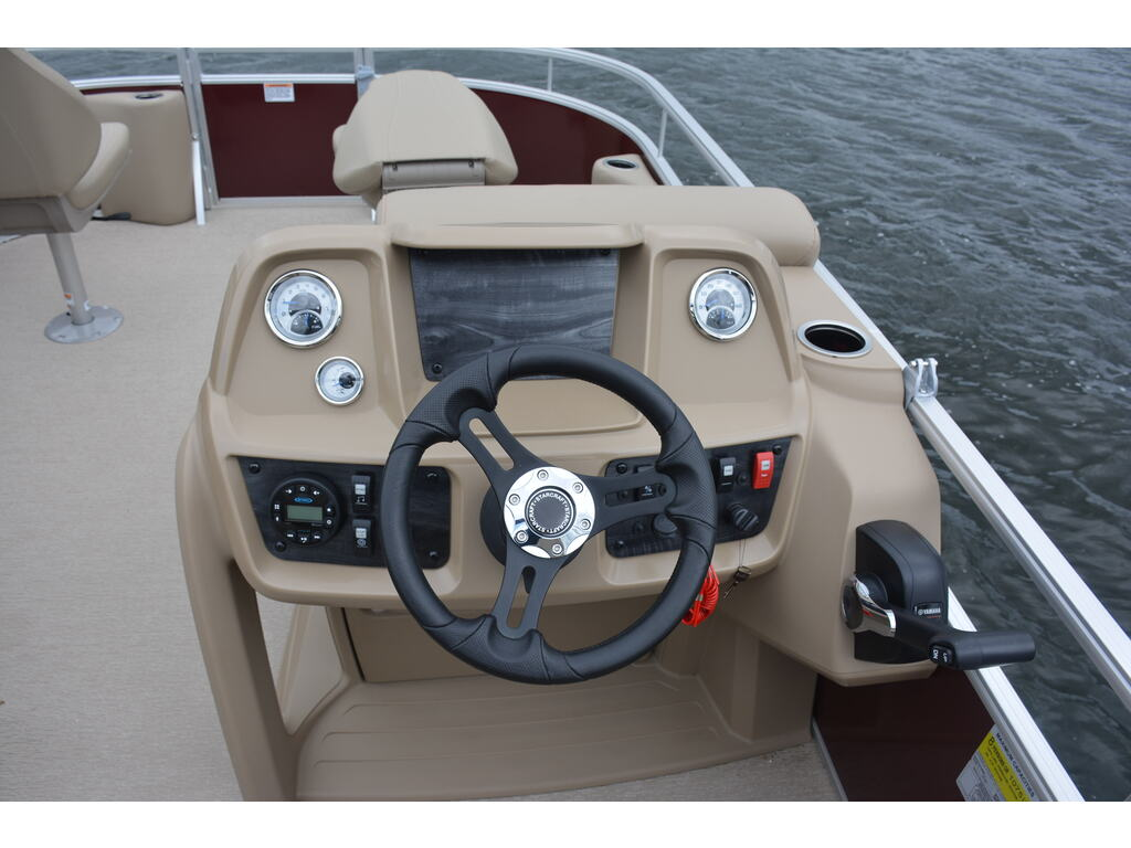 2021 Starcraft boat for sale, model of the boat is Lxf 22-20-18-16 & Image # 4 of 10