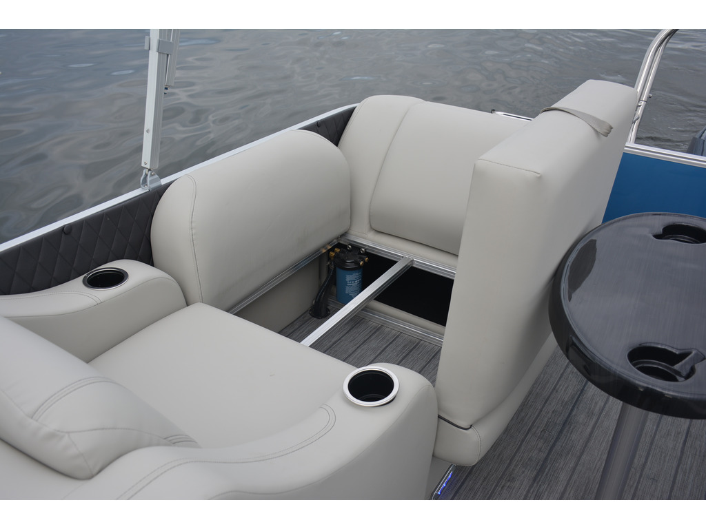 2021 Starcraft boat for sale, model of the boat is Ponton Cx Rl  & Image # 8 of 11