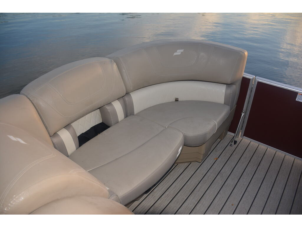 2021 Starcraft boat for sale, model of the boat is Ponton Cx Dl & Image # 9 of 10