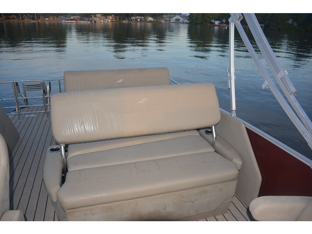 2021 Starcraft boat for sale, model of the boat is Ponton Cx Dl & Image # 4 of 10