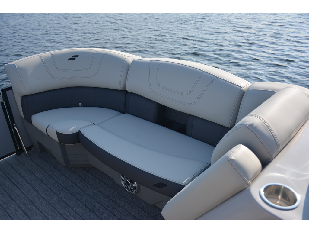 2021 Starcraft boat for sale, model of the boat is Ponton Cx Dl Bar & Image # 4 of 10