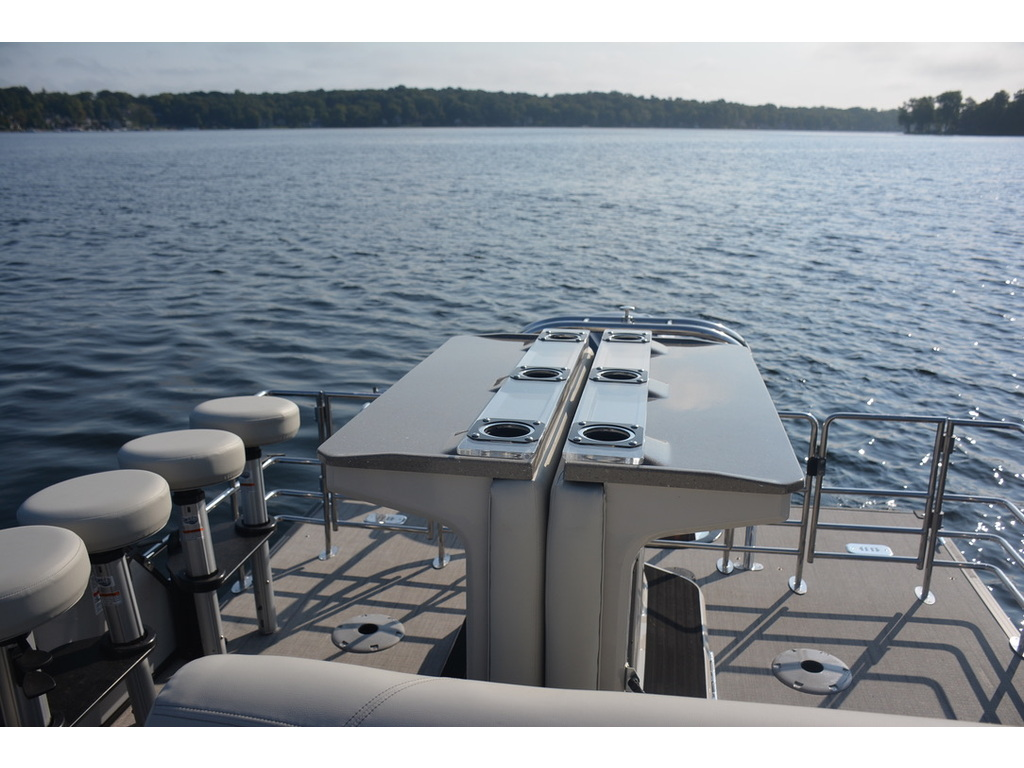 2021 Starcraft boat for sale, model of the boat is Ponton Cx Dl Bar & Image # 7 of 10