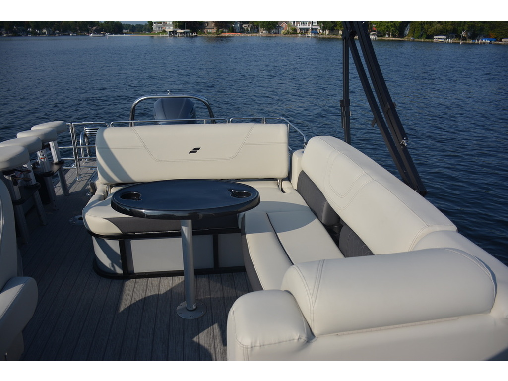 2021 Starcraft boat for sale, model of the boat is Ponton Cx Dl Bar & Image # 6 of 10