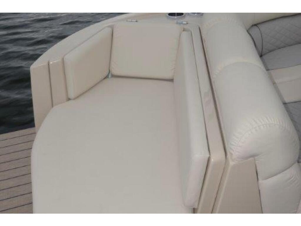 2021 Starcraft boat for sale, model of the boat is Ponton SÉrie Sx & Image # 6 of 15