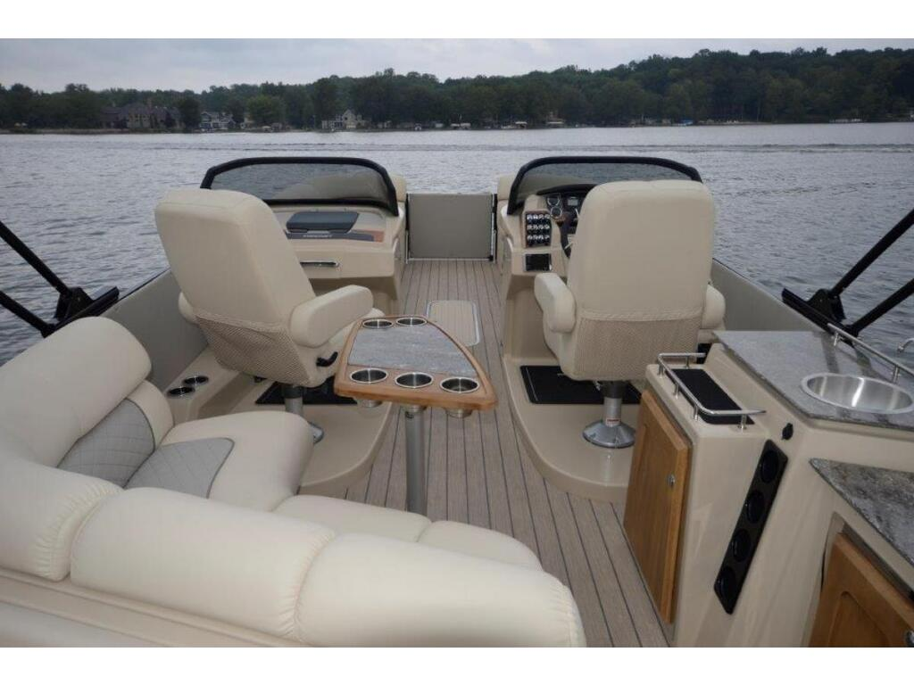 2021 Starcraft boat for sale, model of the boat is Ponton SÉrie Sx & Image # 3 of 15