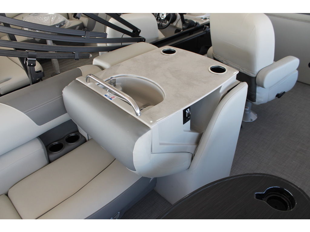 2021 Starcraft boat for sale, model of the boat is Ex S & Image # 10 of 10