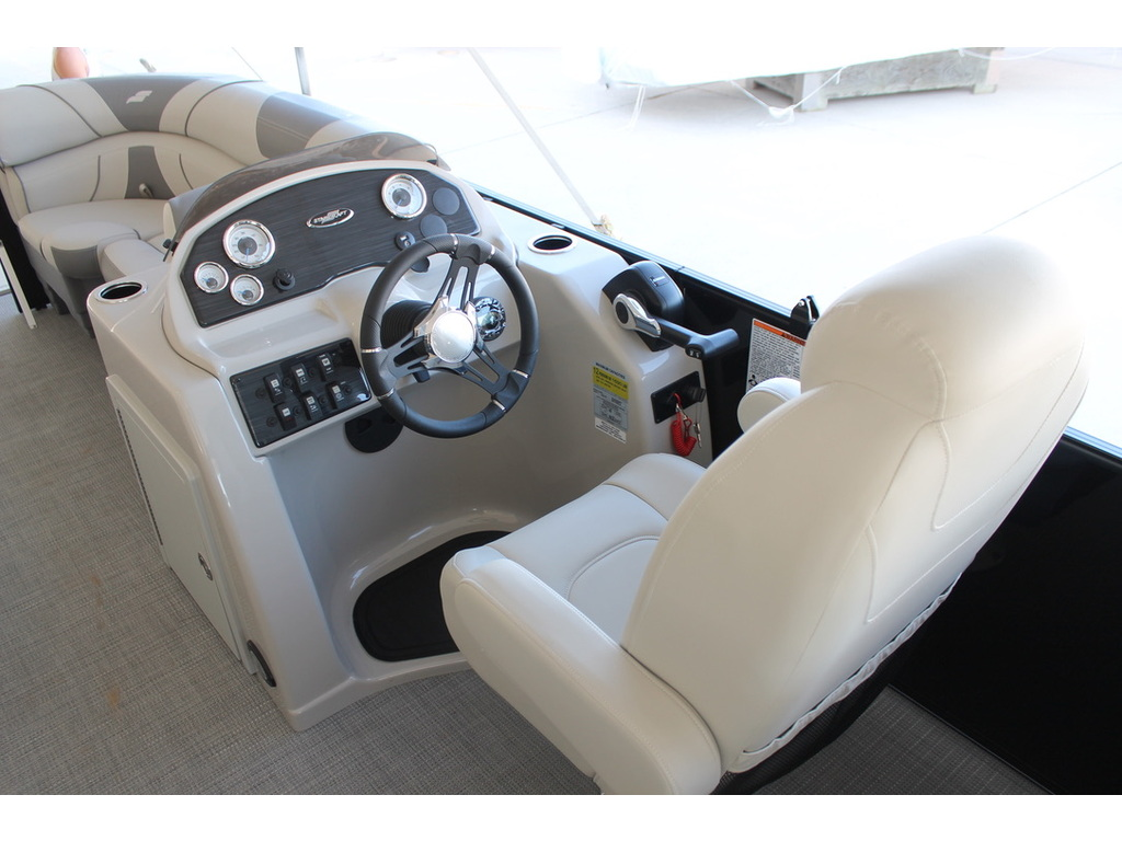 2021 Starcraft boat for sale, model of the boat is Ex S & Image # 3 of 10