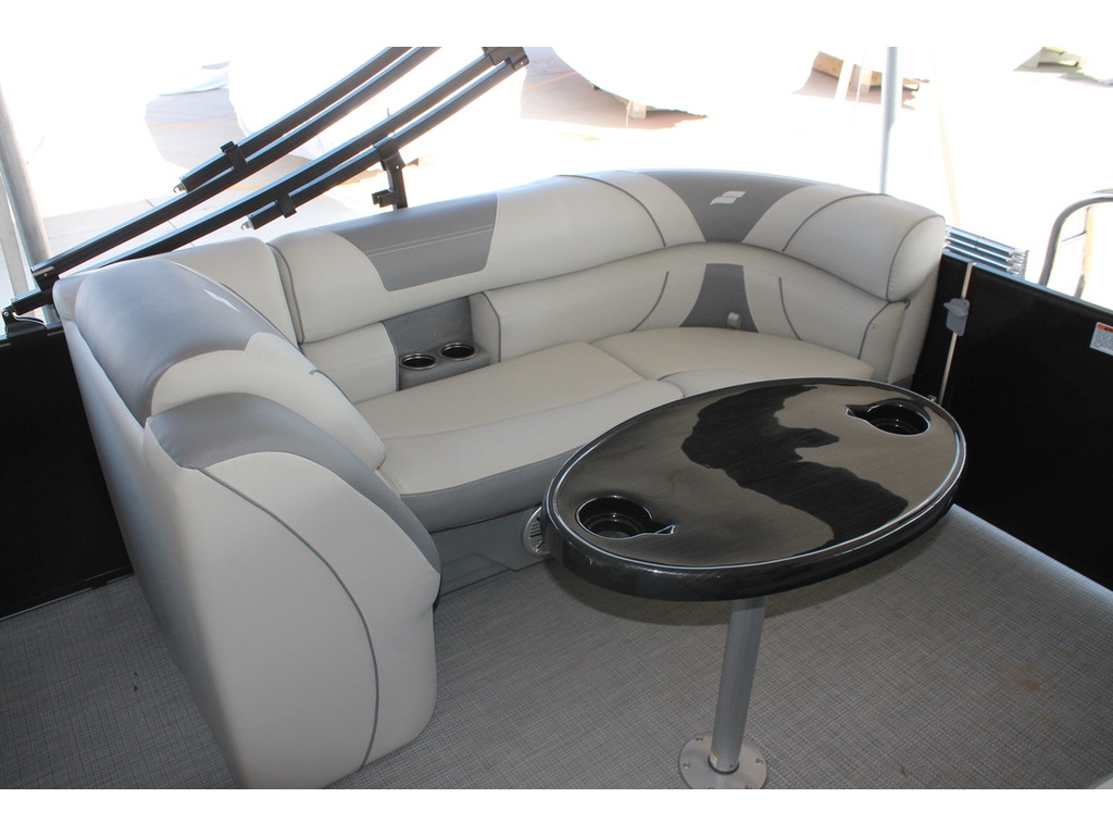 2021 Starcraft boat for sale, model of the boat is Ex S & Image # 6 of 10