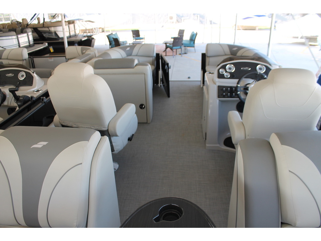 2021 Starcraft boat for sale, model of the boat is Ex S & Image # 9 of 10