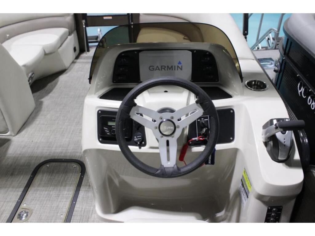2020 Manitou boat for sale, model of the boat is 22 Aurora Angler Le Vp & Image # 4 of 7