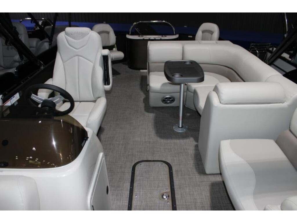 2020 Manitou boat for sale, model of the boat is 22 Aurora Angler Le Vp & Image # 5 of 7