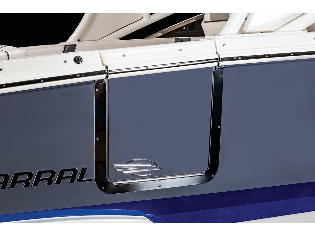 2021 Chaparral boat for sale, model of the boat is 280 Osx O/b & Image # 14 of 18