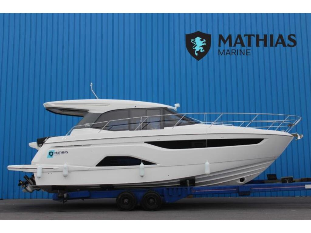 2021 Bavaria boat for sale, model of the boat is R40 Coupe Volvo D6-380 & Image # 1 of 10