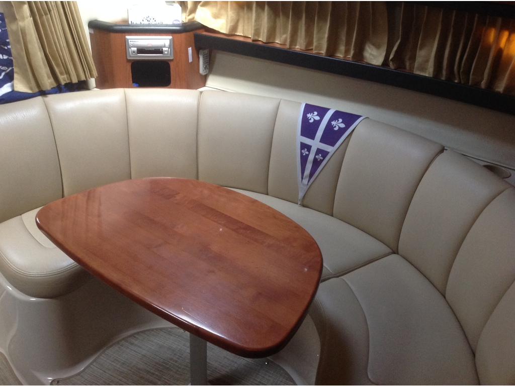 2004 Chaparral boat for sale, model of the boat is Signature 310 & Image # 11 of 16