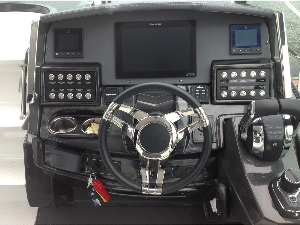 2020 Monterey boat for sale, model of the boat is 335sy & Image # 11 of 25